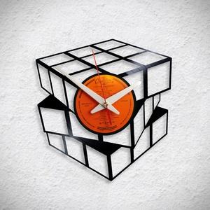 Rubik Cube - Bakelit falióra, Otthon & Lakás, Dekoráció, Falióra & óra, Újrahasznosított alapanyagból készült termékek, Meska