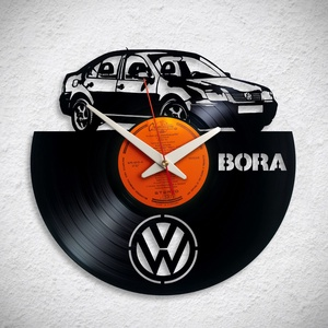 VW Bora - Bakelit falióra, Otthon & Lakás, Dekoráció, Falióra & óra, Újrahasznosított alapanyagból készült termékek, A Fonografik bakelitóra nem csak neked fog tetszeni! :)\n\nINGYEN POSTA! A sajnálatos helyzetre való t..., Meska