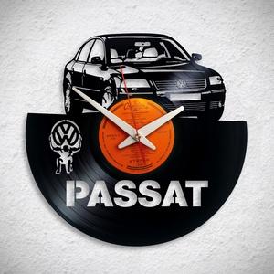 VW Passat - Bakelit falióra, Otthon & Lakás, Dekoráció, Falióra & óra, Újrahasznosított alapanyagból készült termékek, A Fonografik bakelitóra nem csak neked fog tetszeni! :)\n\nINGYEN POSTA! A sajnálatos helyzetre való t..., Meska