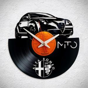 Alfa Romeo Mito - Bakelit falióra, Otthon & Lakás, Dekoráció, Falióra & óra, Újrahasznosított alapanyagból készült termékek, A Fonografik bakelitóra nem csak neked fog tetszeni! :)\n\nINGYEN POSTA! A sajnálatos helyzetre való t..., Meska