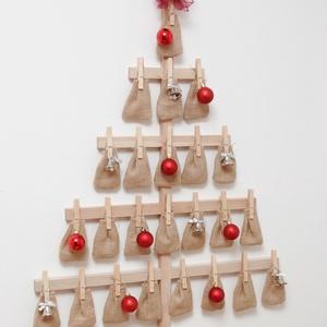 Karácsonyfa adventi naptár fából, Otthon & Lakás, Karácsony & Mikulás, Adventi naptár, Famegmunkálás, Fogadjátok sok szeretettel kifejezetten karácsonyi termékünk, ezt a karácsonyfa formájú adventi napt..., Meska