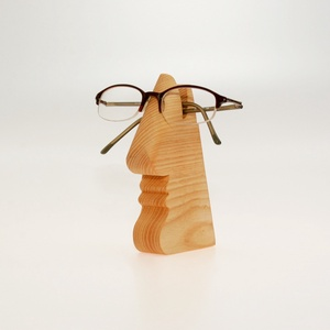 Asztali szemüvegtartó fából, Táska & Tok, Pénztárca & Más tok, Szemüvegtok, Famegmunkálás, Kié a szemüveg? Az enyém vagy az övé? Tesszük fel a kérdést ezen használati tárgy láttán.\n\nMinden sz..., Meska