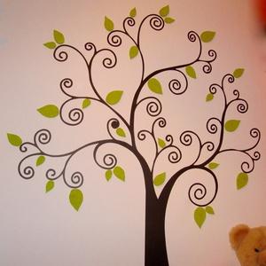 Család-FA (falmatrica-parafa kombináció), Otthon & Lakás, Dekoráció, Falmatrica & Tapéta, Famegmunkálás, Festett tárgyak, Saját gyermekeinknek terveztük meg ezt a fotókkal, kisgyermek rajzokkal, festményekkel, egyéb kis ke..., Meska