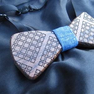 Kockás csokornyakkendő diófából (FromWood) - Meska.hu
