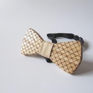 Kockás csokornyakkendő kőrisfából - esküvő - kiegészítők - nyakkendő - Meska.hu