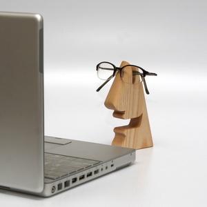 Mosolygós:-) mobiltartó és szemüvegtartó, 2 az 1-ben (FromWood) - Meska.hu