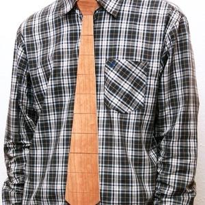 Fa nyakkendő cseresznye színben - ruha & divat - férfi ruha - nyakkendő - Meska.hu