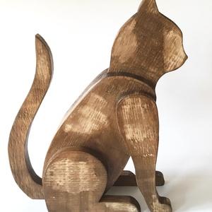 Deszkából készült macska szobor, Otthon & lakás, Dekoráció, Lakberendezés, Kerti dísz, Ajtódísz, kopogtató, Famegmunkálás, Macska szobor fából. Egy nem mindennapi dekoráció otthonába.\n\nMérete: 45 cm magas, 40 cm hosszú,12 c..., Meska