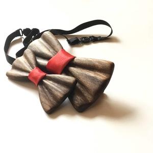 Apa és Fia csokornyakkendő szett (vörös szaténnal), Ruha & Divat, Nyakkendő, Férfi ruha, Famegmunkálás, Meska