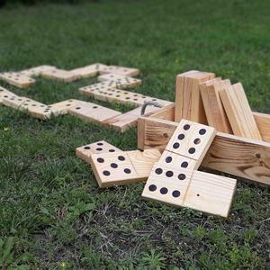 Kerti dominó fából, Gyerek & játék, Játék, Kerti játék, Társasjáték, Famegmunkálás, Kerti domino készlet fából. Kiváló ajándék a kert és/vagy a játék szerelmeseinek.\n\nAnyaga: fenyőfa\nM..., Meska