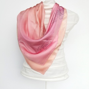 Különlegesen jó tapintású, saját tervezésű , rózsaszín-szürke  árnyalatú hernyóselyem  kendő (FullcolorMuhely) - Meska.hu