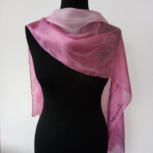 rózsaszín-magenta árnyalatú hernyóselyem  könnyű sál    150x40cm , Ruha & Divat, Sál, Sapka, Kendő, Kendő, Selyemfestés, Kézzel festettem  a rózsaszín árnyalataira ezt a  puha tapintású, igen kellemes viseletű, könnyed sá..., Meska