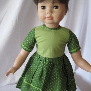 Rövid ujjú zöld-zöld mintás babaruha 46-50 cm magas Götz babára, Játék & Gyerek, Baba & babaház, Babaruha, babakellék, Varrás, Rövid ujjú, zöld felsőrésszel készült zöld apró köröcske mintás ruha zöld farkasfog díszítéssel. Iga..., Meska