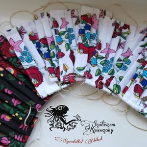 Textil maszkok 100%pamutvászonból dupla rétegben készűlnek Moshatóak vasalhatóak., Női, Maszk, Arcmaszk, Varrás, 100%pamutvászonból dupla rétegben készűlnek alul fehér felül színes mintával. \ntöbb  mintából válasz..., Meska
