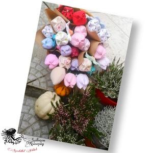 Tulipán csokor, Otthon & Lakás, Dekoráció, Csokor & Virágdísz, Varrás, Ajándékozz maradandó virágot. Színes tulipán csokraimat csak át kell adnod.\nMár be is csomagoltam ne..., Meska