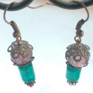Tünde lámpás - fülbevaló lila üveggyönggyel - ékszer - fülbevaló - lógó fülbevaló - Meska.hu