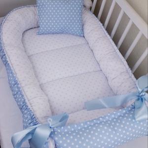 Babafészek, Babafészek, Lakástextil, Otthon & Lakás, Varrás, A babafészek kényelmes és biztonságos újszülött és néhány hónapos babák számára. A babafészek körülö..., Meska