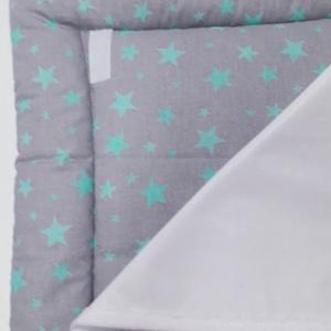 Pelenkázó alátét - Szürke-menta csillagok, Otthon & Lakás, Lakástextil, Varrás, Praktikus és kényelmes, 50×70 cm méretű puha felületű pelenkázó alátét. Használatával a baba nem egy..., Meska