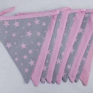 Zászlófüzér - szürke, rózsaszín csillagok, Játék & Gyerek, Babalátogató ajándékcsomag, Vidám színfolt a gyerekszobában a kis zászlófüzér,de a nappalit is díszíthetjük vele.  Zászlócskák m..., Meska