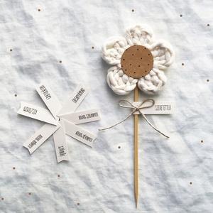 Alkalmi horgolt virág, Csokor & Virágdísz, Dekoráció, Otthon & Lakás, Horgolás, NATÚR FEHÉR PAMUT FONALBÓL HORGOLT VIRÁG KÜLÖNBÖZŐ ALKALMAKRA (SZÜLINAP, NÉVNAP, BALLAGÁS, ANYÁK NAP..., Meska