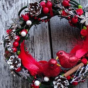 Minden piros madárkával- ajtódísz,kopogtató,falidísz,koszorú (galamb70) - Meska.hu
