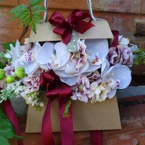 Egy csokor virág asztaldísz-névnapra.születésnapra,köszöntő ajándék, Dekoráció, Otthon & lakás, Lakberendezés, Asztaldísz, Virágkötés, névnapra,szülinapra,ballagásra,köszöntö ajándéknak kiváló\negyedi,,nyitott táska virágokkal dúsan dis..., Meska