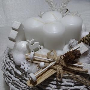 Hófehér sitalpak adventi,karácsonyi ,asztaldísz,koszorú, Adventi koszorú, Karácsony & Mikulás, Otthon & Lakás, Virágkötés, méret 25cm, Meska