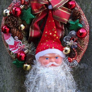 Télapó itt van......, ajtódísz,koszorú,kopogtató, Otthon & Lakás, Karácsony & Mikulás, Karácsonyi kopogtató, Virágkötés, Mindenmás, Téli,karácsonyi   ajtódísz díszitheti lakásod,\nméret 23-25cm\n\n, Meska