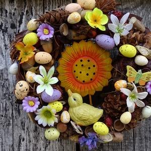 SzínesHúsvéti,tavaszi ajtódísz,koszorú,kopogtató, Otthon & lakás, Dekoráció, Dísz, Lakberendezés, Ajtódísz, kopogtató, Koszorú, Virágkötés, színes,tavaszi,húsvéti,természetes\n\nméret 25cm, Meska