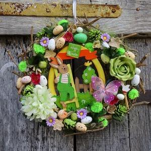 Happy Easter színes,nyuszis.tavaszi,húsvéti ajtódísz,kopogtató,koszorú (nagy méret) , Otthon & Lakás, Dekoráció, Ajtódísz & Kopogtató, Virágkötés, Ahogy éled a természet , a zöldellő fű, a fák rügyei, a madár csicsergést  hallani,- itt a tavasz ,-..., Meska