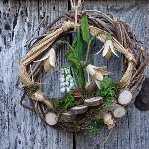 Tavaszváró-hóvirágos ajtódísz,kopogtató,koszorú, Otthon & Lakás, Dekoráció, Ajtódísz & Kopogtató, Virágkötés, Tavaszváró lakásdekoráció\n\nméret 20-23cm, Meska