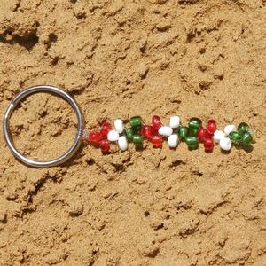 Gyöngy kulcstartó, nemzeti színű táskadísz, Táska & Tok, Kulcstartó & Táskadísz, Kulcstartó, Gyöngyfűzés, gyöngyhímzés, Meska