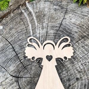 Karácsonyi angyaldísz fából, Dekoráció, Otthon & lakás, Ünnepi dekoráció, Karácsony, Karácsonyfadísz, Karácsonyi dekoráció, Famegmunkálás, Angyal, rétegelt lemezből, mindkét oldalán csiszolt, natúr színben. 8 db / csomag. Kb 8 cm., Meska