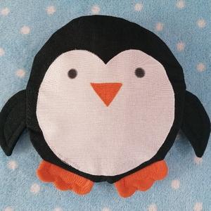 Pingvin levendulás alvópárna alvássegítő, Játék & Gyerek, Plüssállat & Játékfigura, Varrás, Újrahasznosított alapanyagból készült termékek, 100% levendulával töltött 18 cm átmérőjű alvás segítő relax párna, kedves pingvin formában. Anyaga ú..., Meska