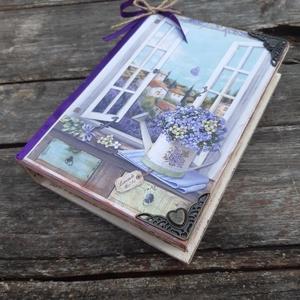 Levendula mező- Nosztalgikus, könyvdoboz.  meglepetés doboz, Otthon & lakás, Dekoráció, Decoupage, transzfer és szalvétatechnika, Festett tárgyak, A provence vintage hangulatát idézi meg ez a fakönyv doboz kopottas hatással.\nOldalait  és belsejét ..., Meska
