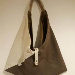 Beige és barna origami háromszög táska, Táska, Divat & Szépség, Táska, Szatyor, Tarisznya, Válltáska, oldaltáska, Varrás, Beige és barna színű vastag erős, kárpitos bútorszövetből készült táska. Bélelve, belül egy cippzára..., Meska