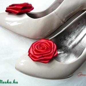 Menyecske cipőklipsz (gemma) - Meska.hu