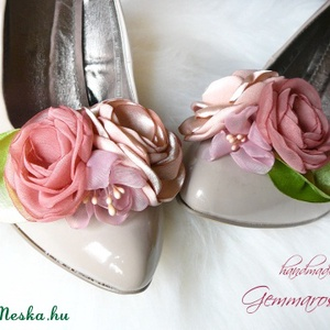 Púderes bokréta cipőklipsz (gemma) - Meska.hu