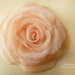 Barackos egyszínű rózsa - bross és hajcsat RENDELHETŐ (gemma) - Meska.hu