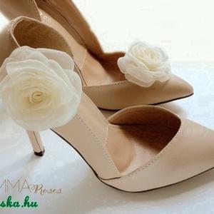 Ekrü rózsa cipőklipsz (gemma) - Meska.hu