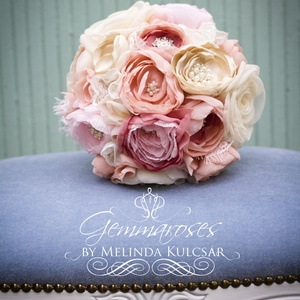 Rusztikus rózsacsokor , Esküvő, Otthon & lakás, Esküvői csokor, Dekoráció, Ünnepi dekoráció, Ez a csokor megrendelésre készül rózsaszín-krém-bézs szirmokból, gyönggyel, kristályokkal, csipkével..., Meska