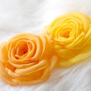 Sötét sárga rózsa - kitűző/hajcsat (gemma) - Meska.hu
