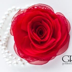 Piros rózsás gyöngysoros karkötő (gemma) - Meska.hu