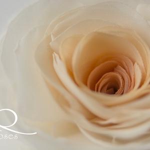 Átmenetes rózsa (barack) - bross/hajcsat (gemma) - Meska.hu