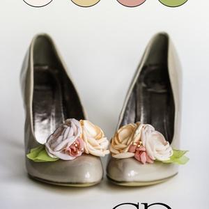 Rózsaszín és barack bokréta cipőklipsz (gemma) - Meska.hu