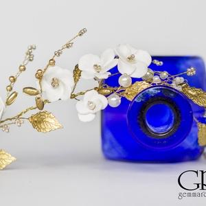 Gyöngyös arany fejdísz virággyöngyökkel  (gemma) - Meska.hu