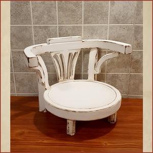 Thonet stílusú alacsony szék, Művészet, Fotográfia, Famegmunkálás, 8 - 24 hónapos korig\n\nMagasság: 28 cm\n\nSzélesség 38 cm\n\nÜlő felület: 28 x 27 cm\n\nÜlő magasság: 10 cm..., Meska
