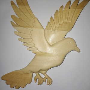 Faragott fa galamb fali dísz, dekoráció, Otthon & Lakás, Dekoráció, Falra akasztható dekor, A galamb a lélek,békesség,szeretet szimbóluma,így ezt az üzenetet hozza el otthonodba! Hársfából far..., Meska