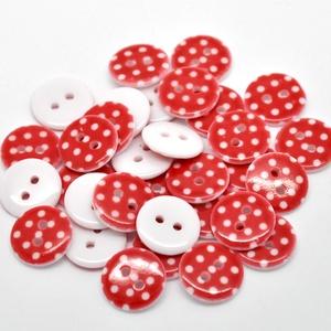 AKCIÓ! 50 db piros alapon fehér pöttyös 15 mm-es műanyag kerek gomb, Dekorációs kellékek, Gomb, Mindenmás, Varrás, Gomb, Gyönyörű fehér pöttyös piros gombjaink már nagy mennyiségben  is kaphatók. \n\nMérete: 15 mm\n50 db/cso..., Meska