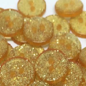 Arany glitteres műanyag gomb 20 db, Dekorációs kellékek, Gomb, Mindenmás, Varrás, Gomb, Arany színű glitteres műanyag gomb\nMérete: 13 mm\n20 db/csomag\nÁra: 440 Ft (22 Ft/db)\nA termékekről m..., Meska